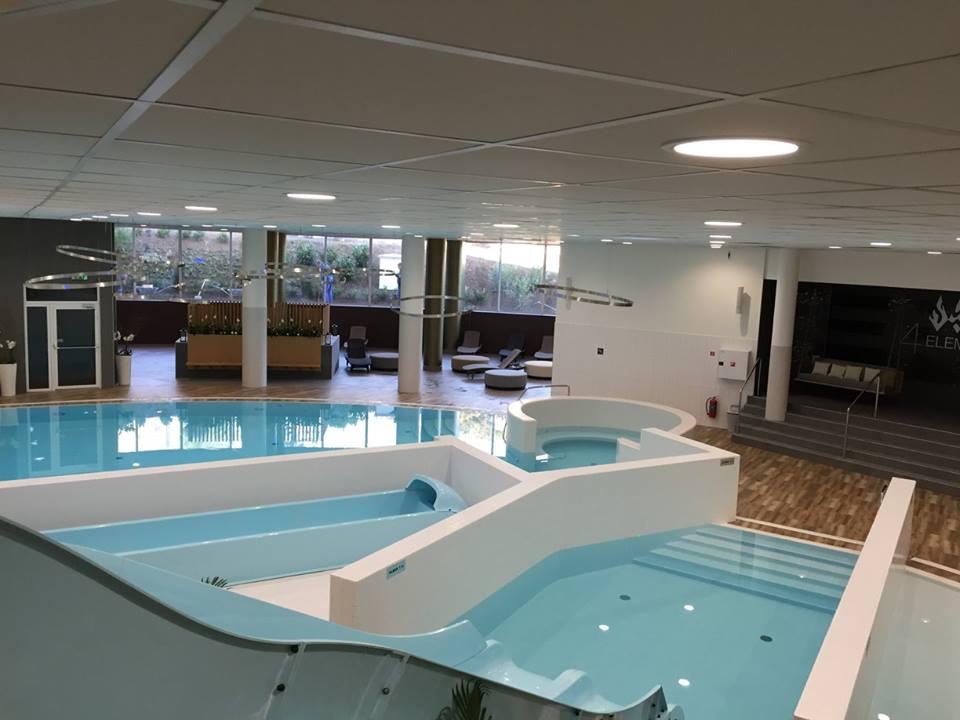 atrium-hotel-bazeny