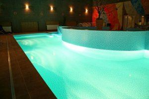 wellness-predna-hora-bazen