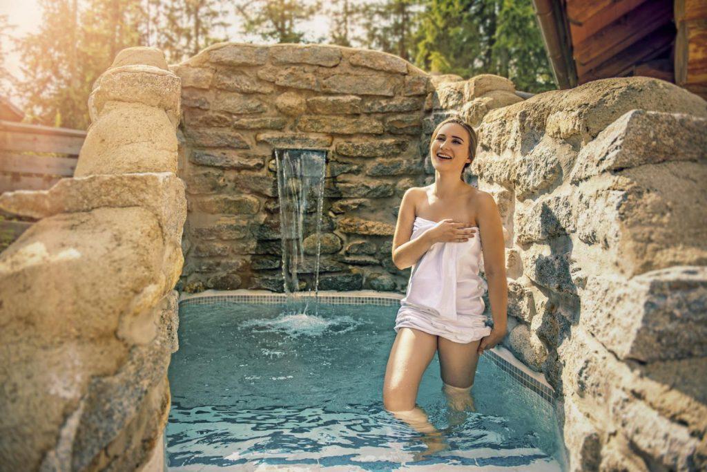 wellness-hotel-patria-ochladzovaci-bazen